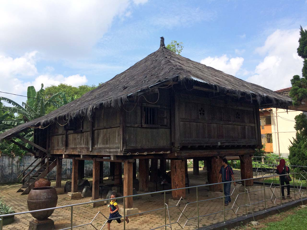 Koleksi Museum Lampung - Wisata Bandar Lampung - Yopie Pangkey