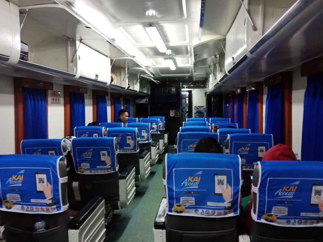 Kereta Lampung Palembang - Kereta Sriwijaya - Kelas Eksekutif
