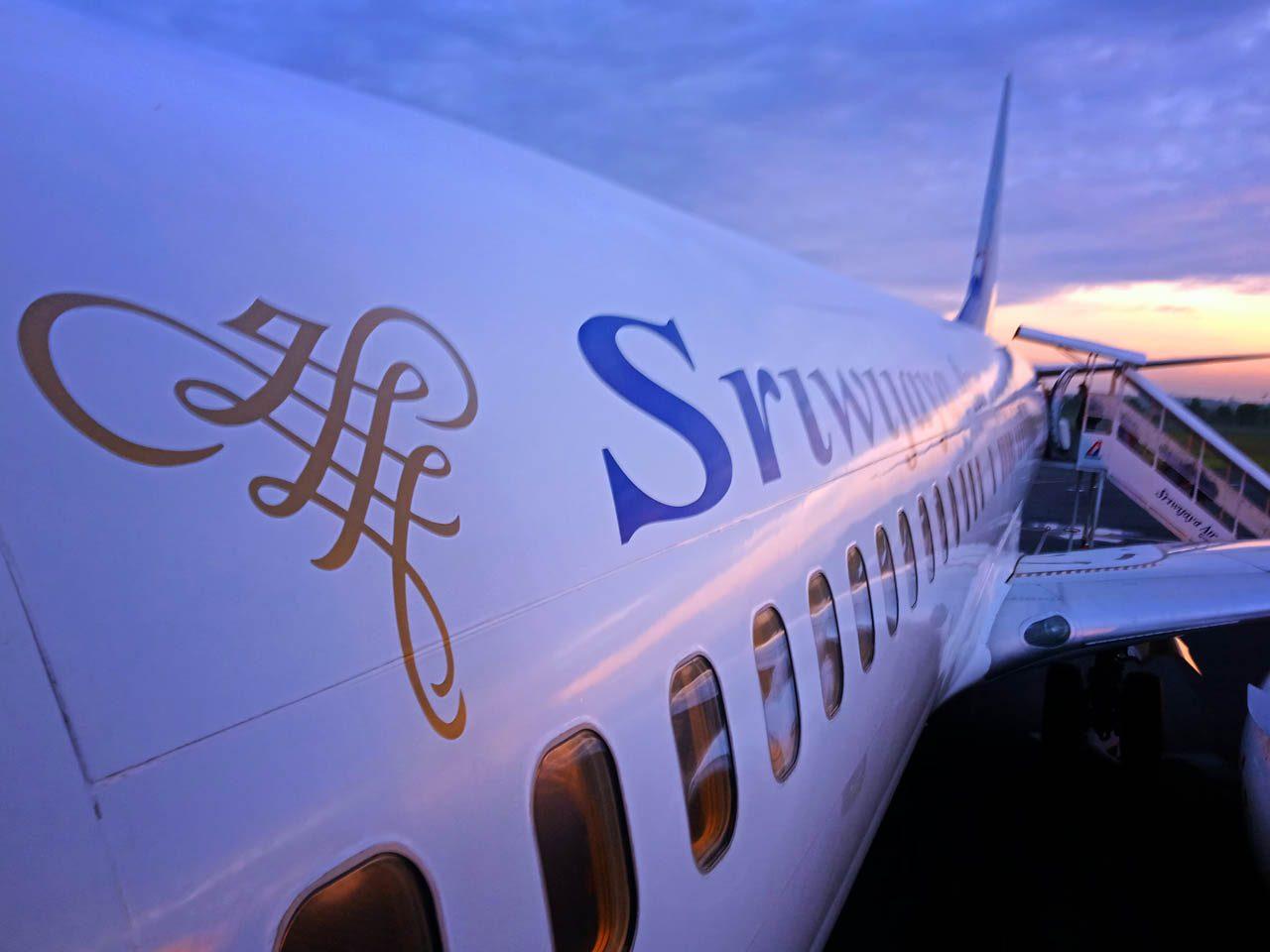 Pesawat Sriwijaya Air - boeing 737 - Yopie Pangkey - yopiefranz