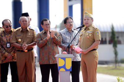 Ridho Ficardo dampingi Presiden Jokowi Resmikan Jalan Tol Terpanjang Di Indonesia - 1