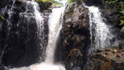 Air Terjun Ateng - air terjun di lampura - Yandigsa