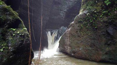 Air Terjun Kupit - air terjun di lampung utara - Yandigsa