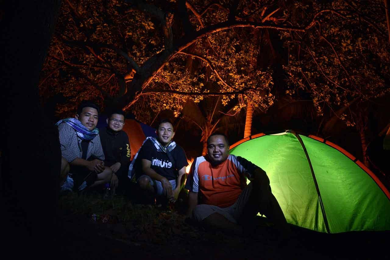 Menginap di Pulau Mahitam - Pulau Cantik di Lampung - Yopie Pangkey - 1