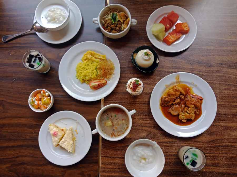 Express Lunch - All You Can Eat - Hotel Horison Lampung - Yopie Pangkey - 4