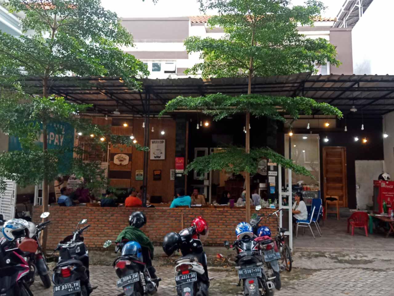 Alamat WarkopWaw - Bandar Lampung - kelilinglampung - Yopie Pangkey