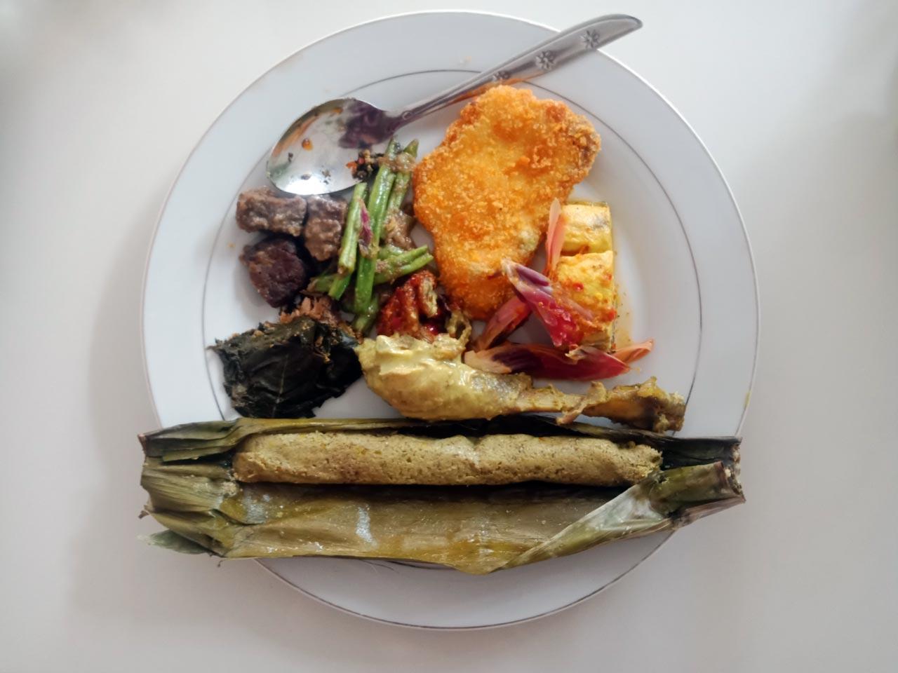 Bekasam Pandap - Makanan Khas Lampung - Rumah Makan Cikwo Prasmanan - kelilinglampung.net - Yopie Pangkey