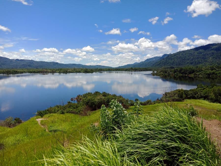 Foto Gambar Danau Lebar Suoh - kelilinglampung.net - yopie pangkey
