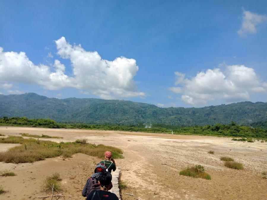 Pasir Kuning Suoh Lambar - kelilinglampung.net - yopie pangkey 2
