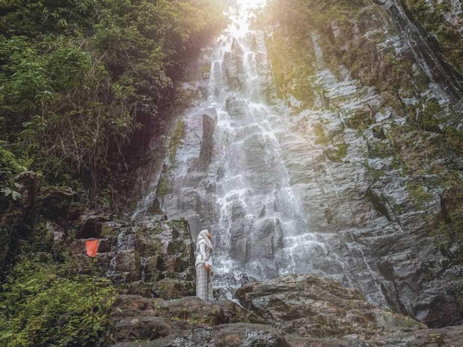 Foto gambar curup air terjun ciupang pesawaran - nfl.irfans-1605425904038