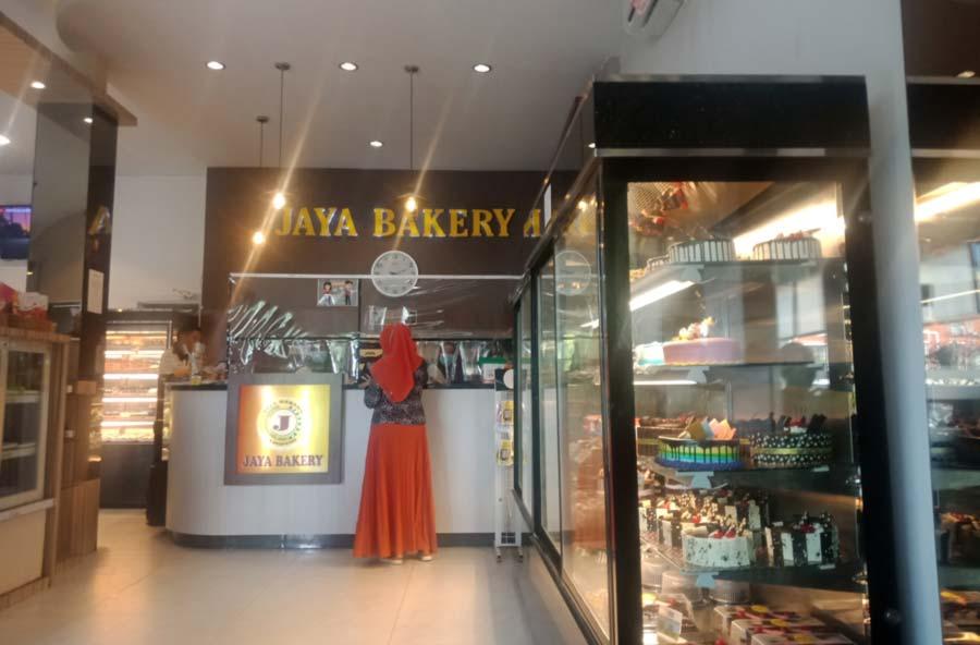 Jaya Bakery Bandar Lampung - kelilinglampung.net - Yopie Pangkey - 4