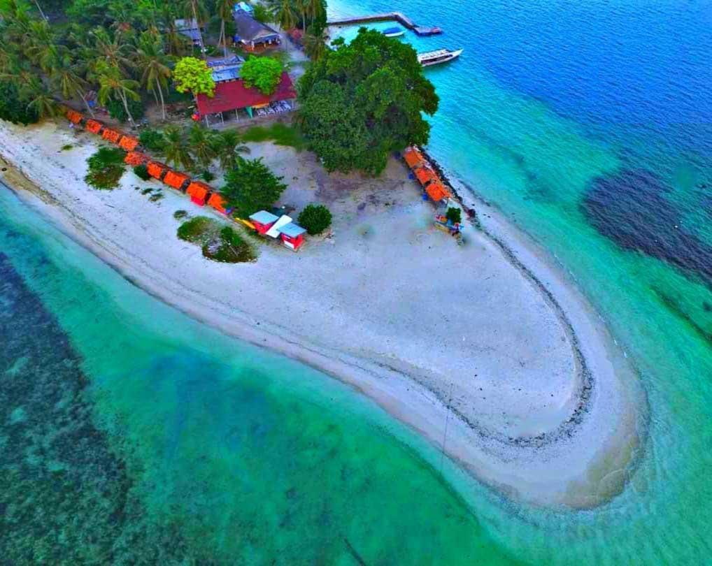 Pulau Tangkil Resort Pesawaran Lampung - Tangkil Island - renggaariesaputra-1609403130337