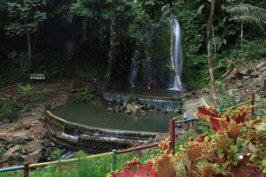 Air Terjun Anglo Kaliawi Gunungrejo Pesawaran Lampung - derry_faizher-1609846433692